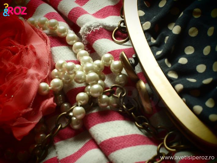 closeup-geanta-cu-buline-si-perle