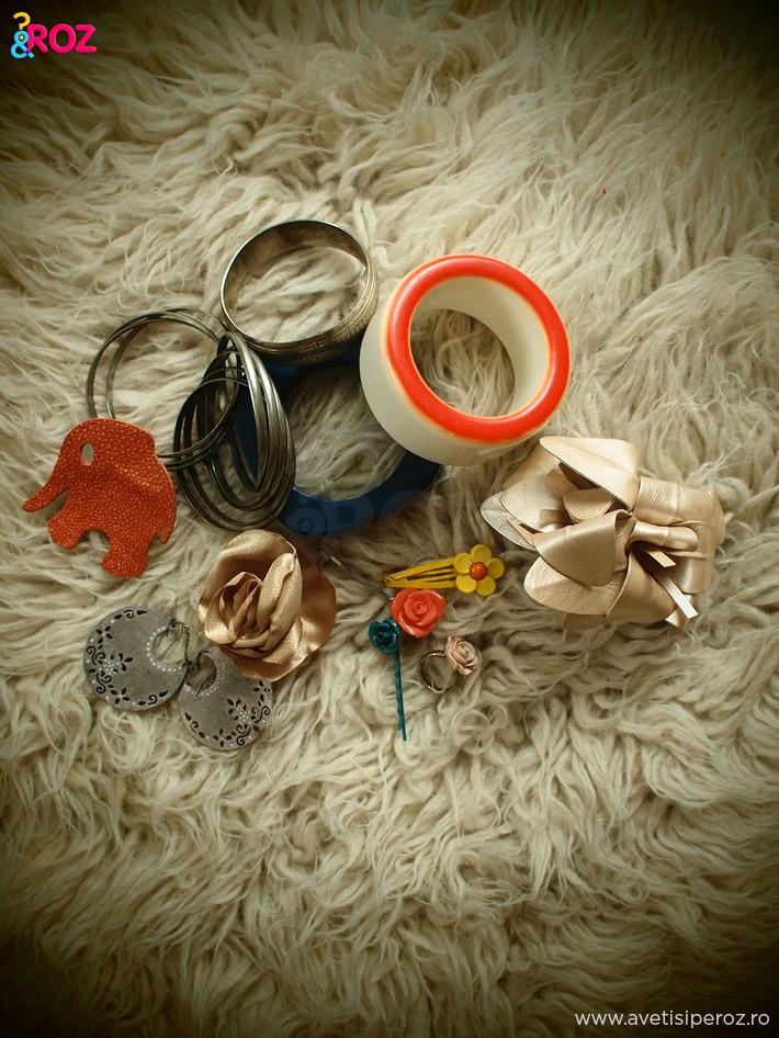 accesorii-cu-bratari-si-flori