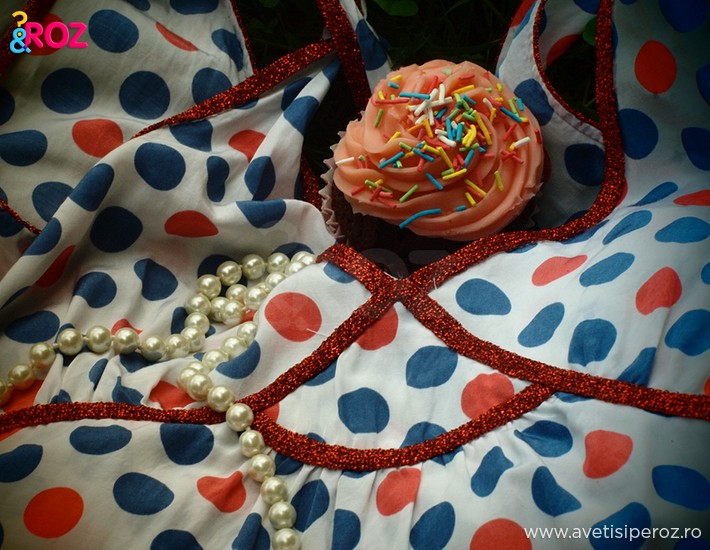 detaliu-maieu-buline-si-cupcake