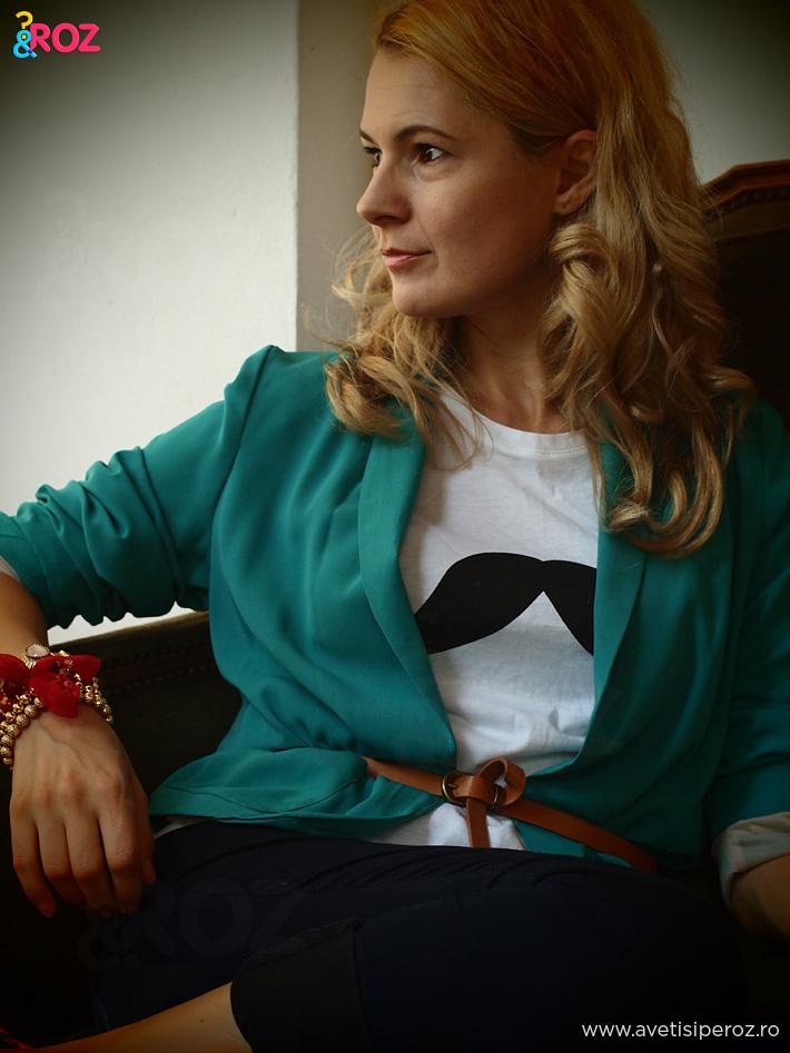 tricou-cu-mustata-new-look