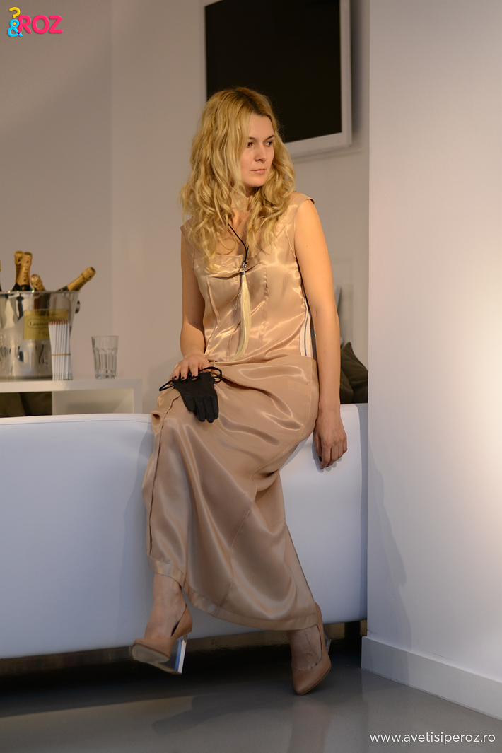 rochie nude margiela for h&m