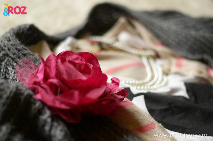 brosa floare si top inima h&m