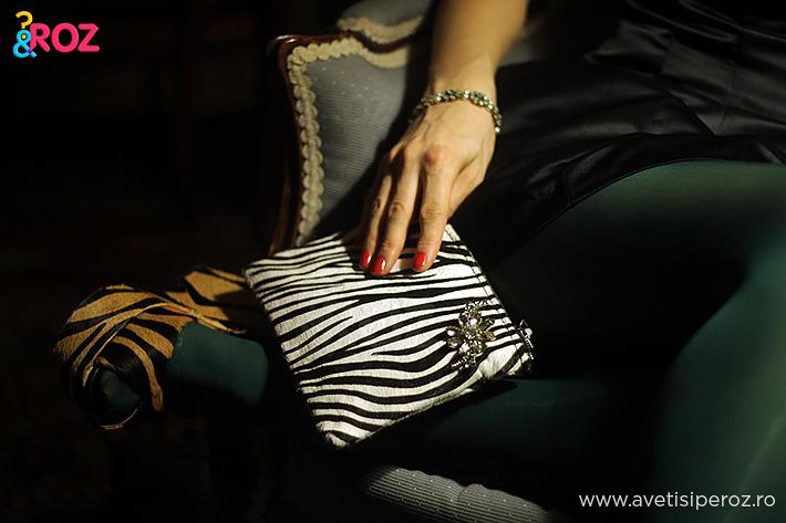 geanta si sandale animal print zara