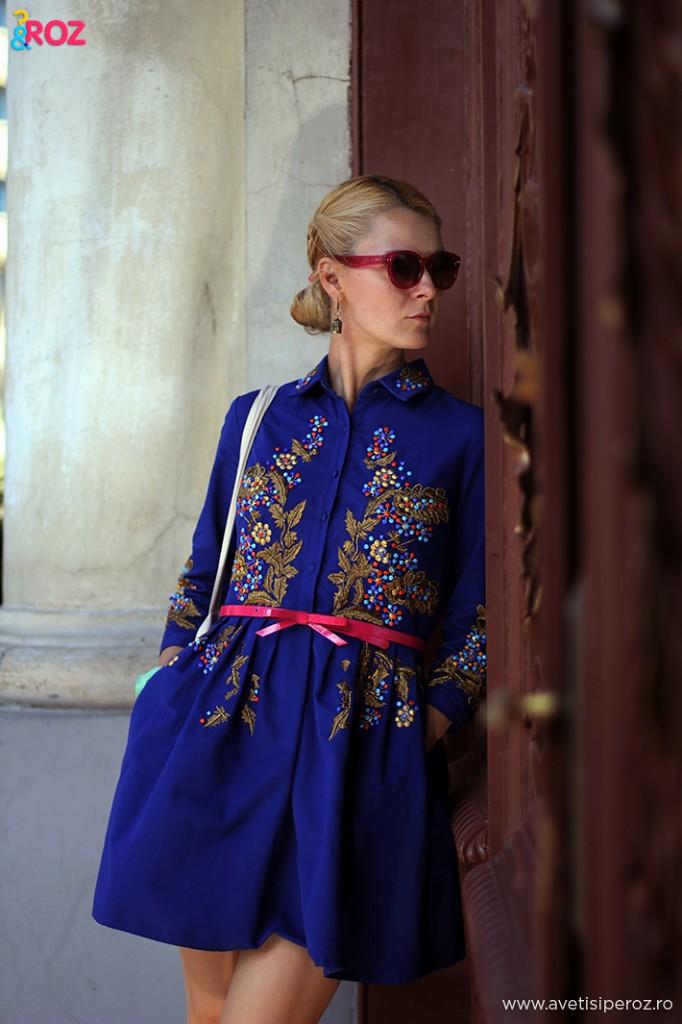 rochie albastra de zi cu zi