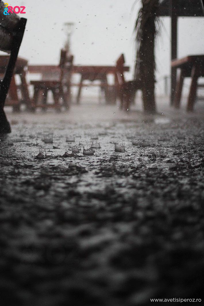 ploaie la mare