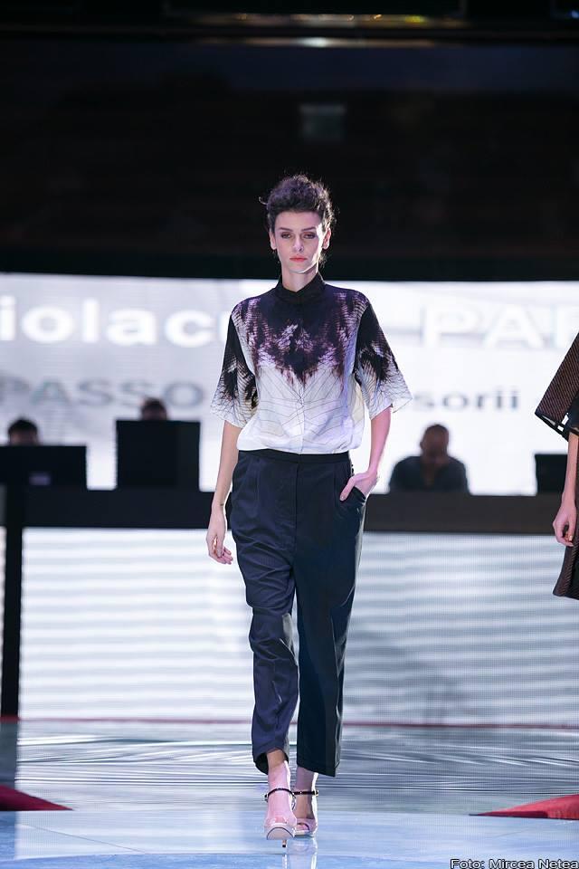 Ioana Ciolacu bluza imprimeu