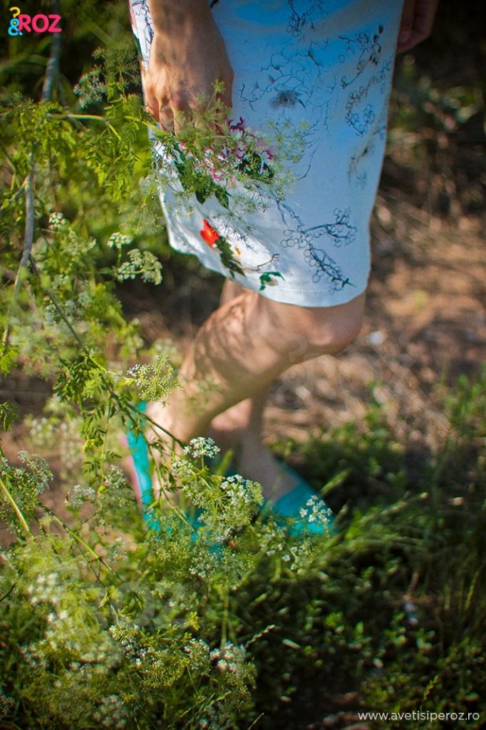 tinuta casual cu rochie si pantofi verzi