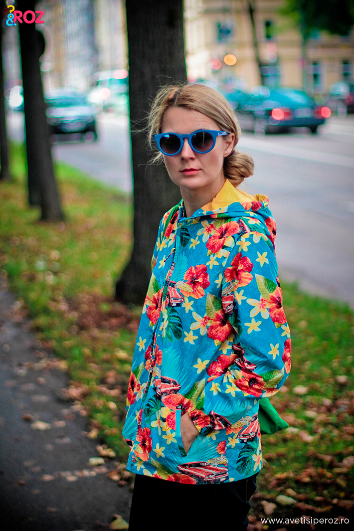 fashion blogger with flower jacket