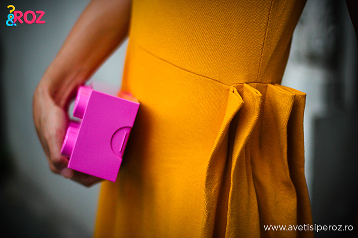 geometric drees and lego clutch