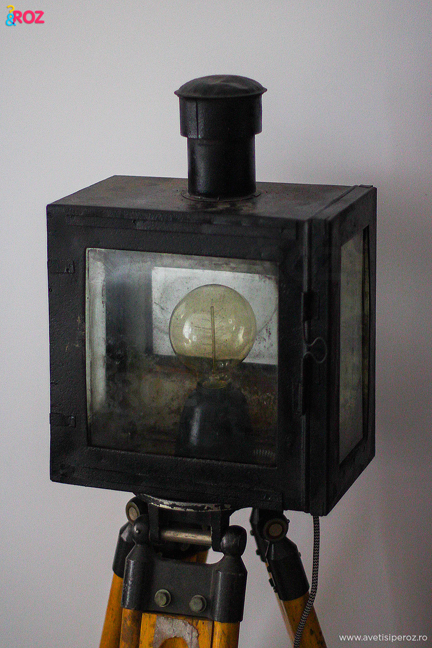 felinar transformat in lampa vintage