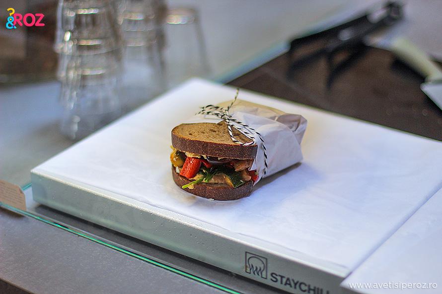 mod prezentare sandvici