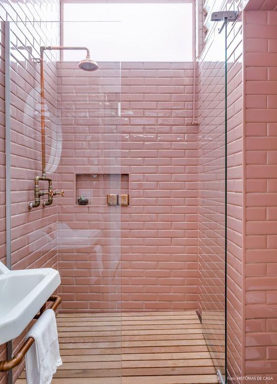 faianta roz baie