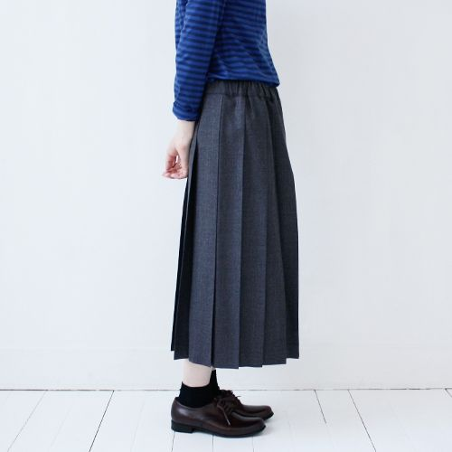 wool-pleated-skirt