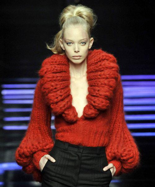 la-ce-asortez-un-pulover-gros