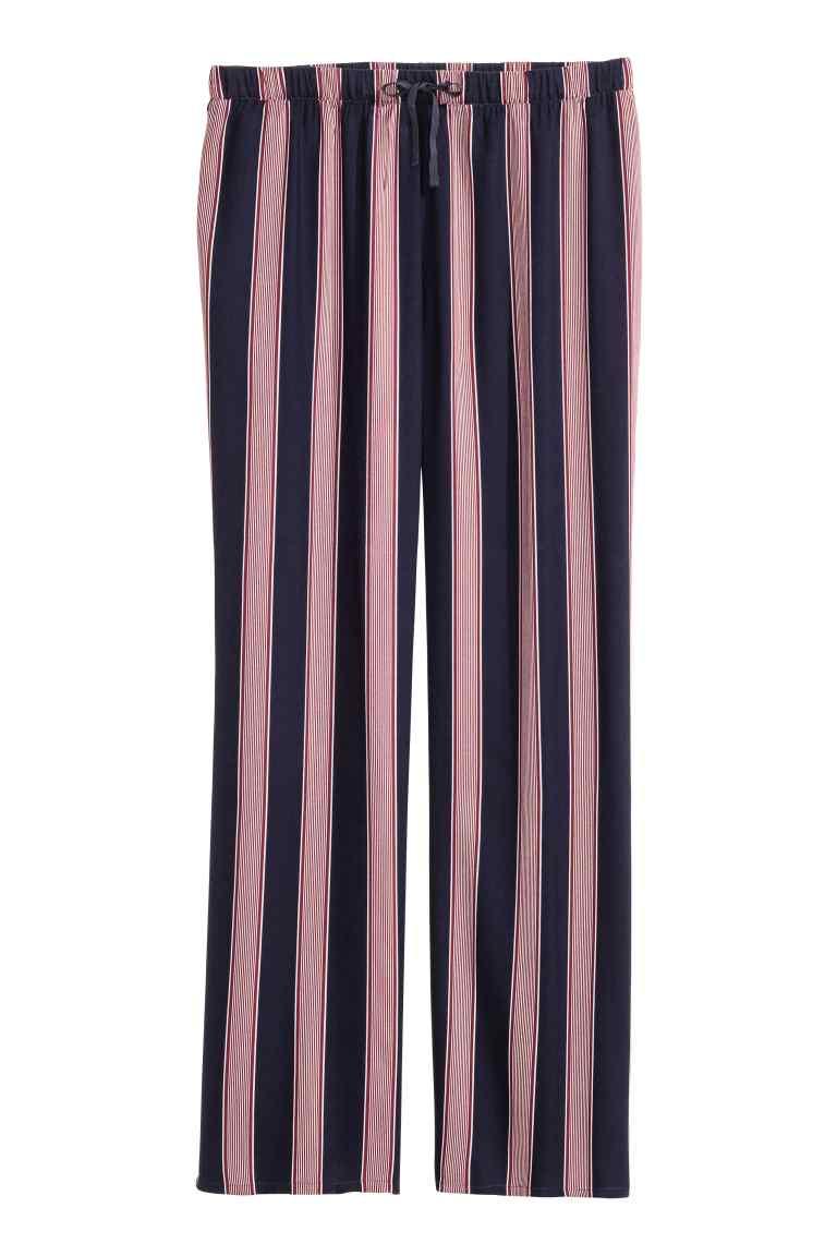 pantaloni-de-pijama-cu-dungi
