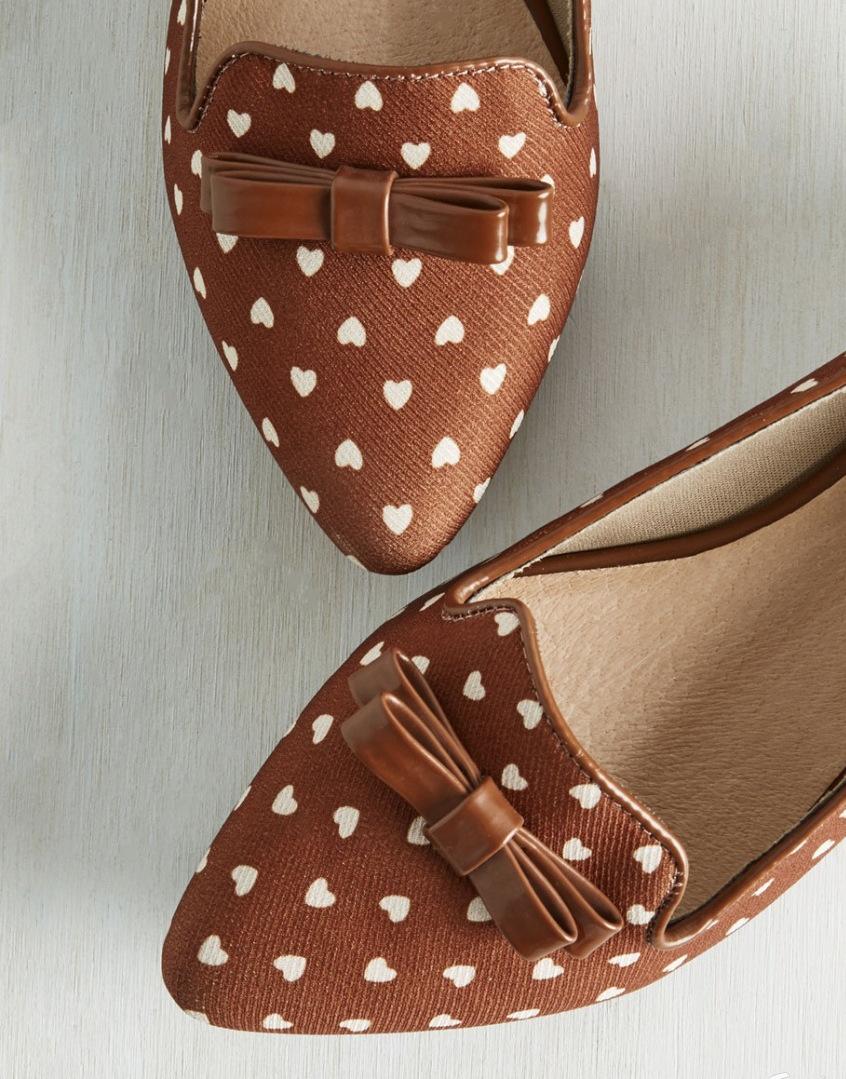 pantofi cu inimi