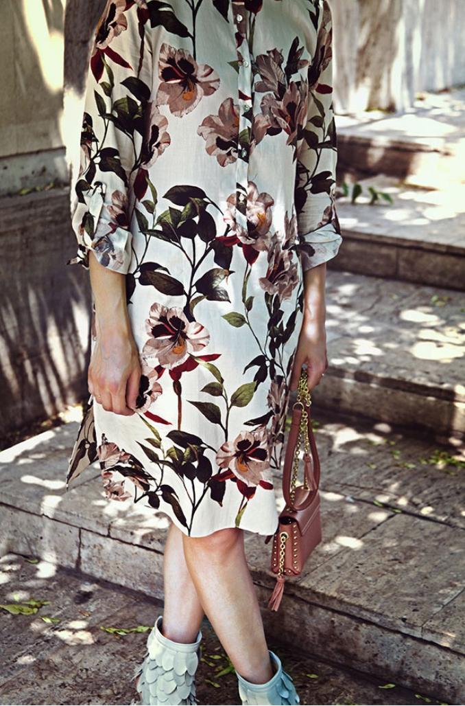 rochie cu flori zara