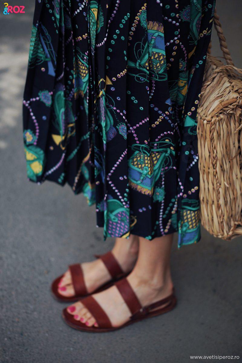 sandale hobirama si fusta retro