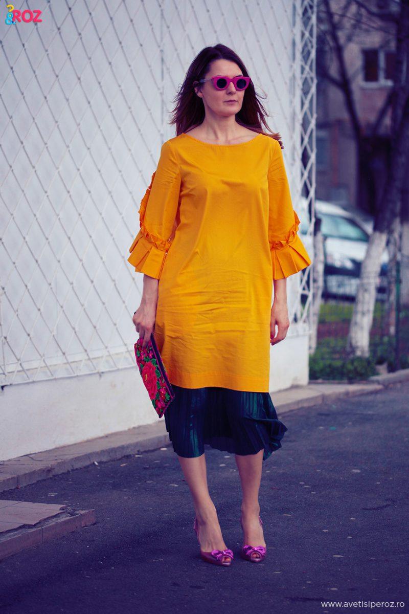 tinuta cu rochie si fusta