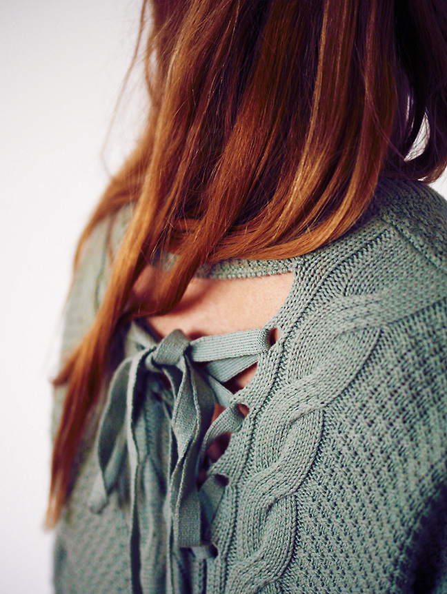 detaliu pulover
