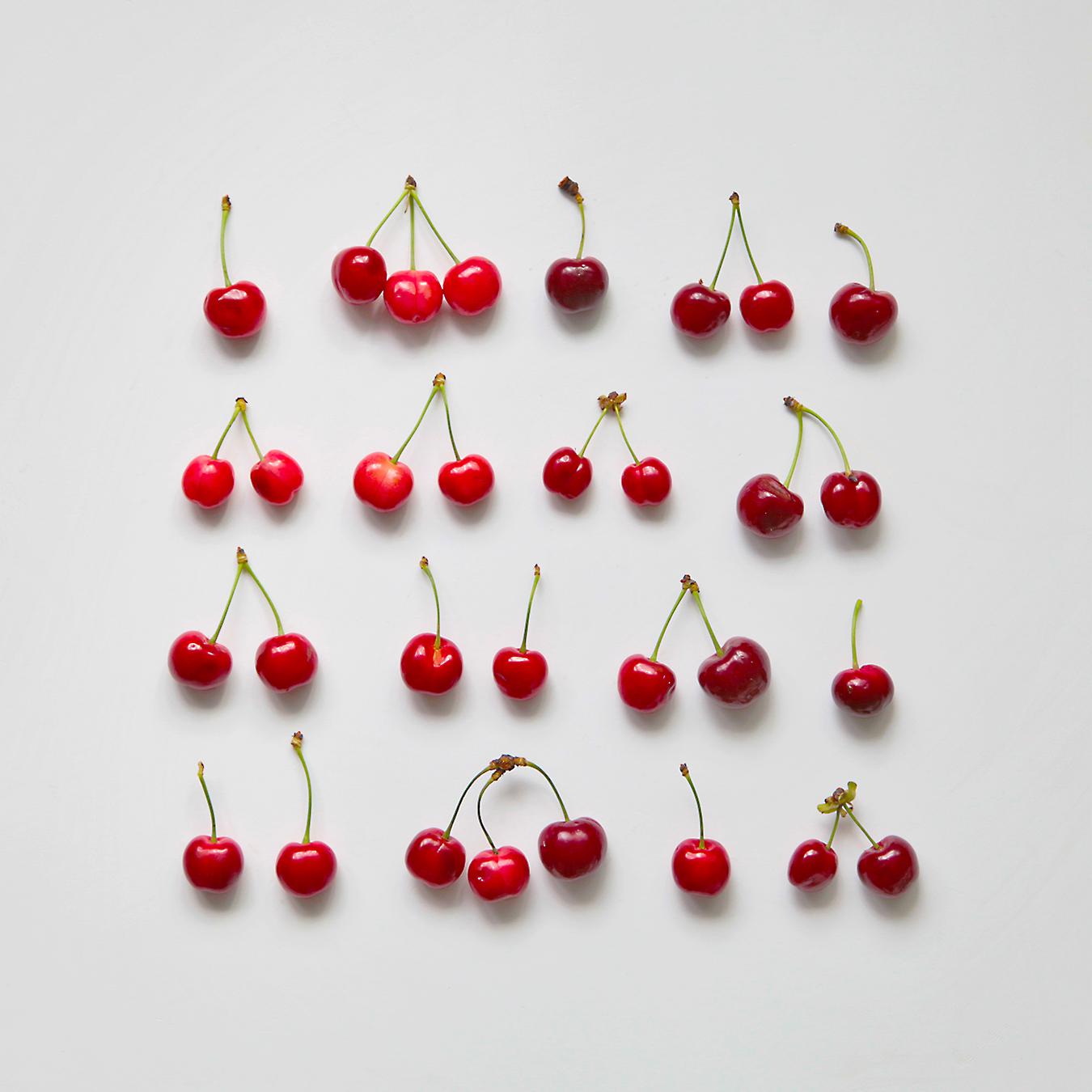 minimalistic cherries photo