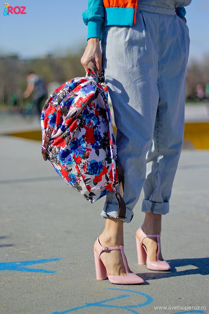 pantofi cu toc zara si rucsac cu flori
