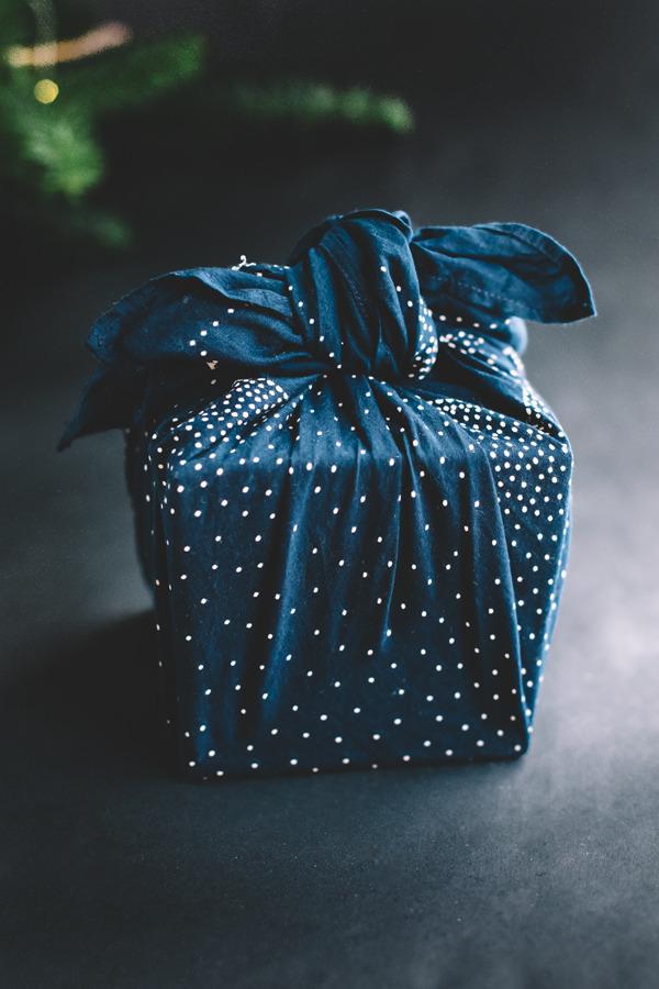 furoshiki-wrapping