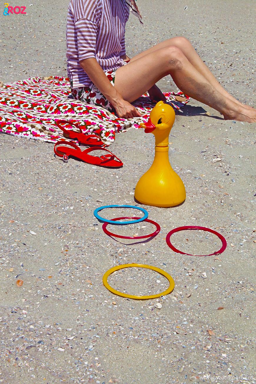 tinuta de mers la plaja