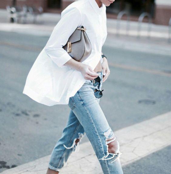 camasa-alba-si-jeansi