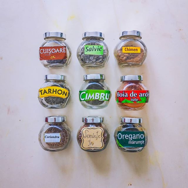 idei de a organiza condimentele