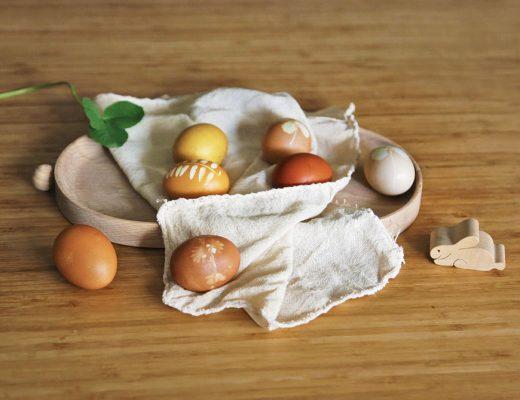 oua de pasti vopsite natural